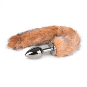 Kleine zilverkleurige buttplug met lichtbruine vossenstaart|